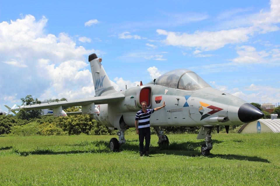 MAB - 7 - Protótipo do jato de ataque ítalo-brasileiro AMX