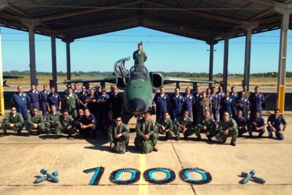 A-1M Esquadrão Adelphi 1000 horas - foto FAB sgt Marllon