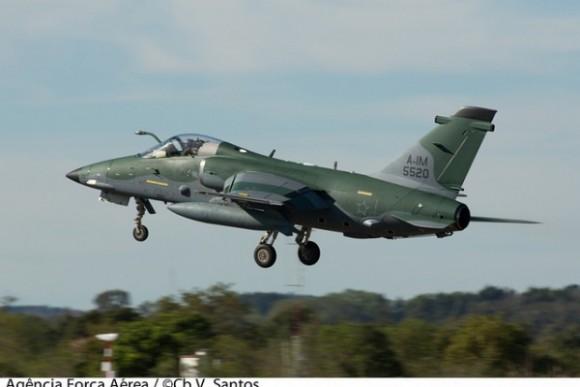 A-1M Esquadrão Adelphi - foto FAB cb Santos