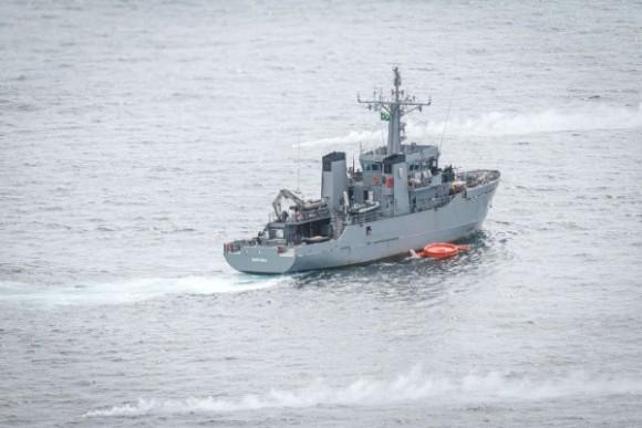 Exercício Carranca IV - navio da MB - foto sgt Johnson Barros - FAB