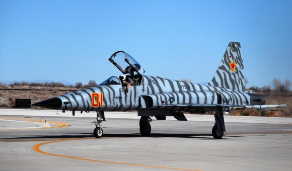 F-5 Tiger II do VFC 13 na NAS Fallon - foto USN