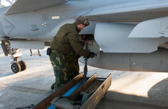 Gripen - Ala 17 treina tiro ar-solo em Vidsel - foto 10 Forças Armadas da Suécia