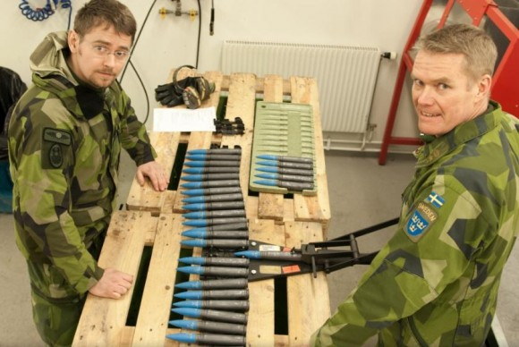 Gripen - Ala 17 treina tiro ar-solo em Vidsel - foto 9 Forças Armadas da Suécia