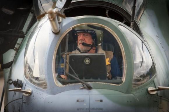 Ministro J Wagner em AH-2 Sabre em Porto Velho - foto 3 Sgt Johnson - FAB