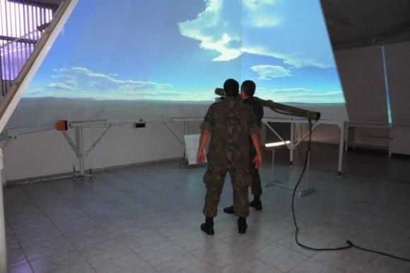 Simulador Konus na BAAN - foto soldado Moraes - FAB
