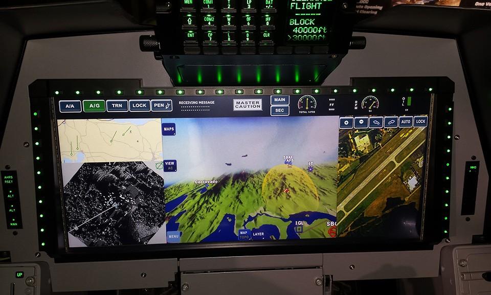 Display WAD do Gripen NG - LAAD 2015