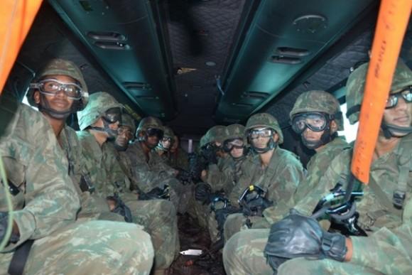 H-36 Caracal treinamento EB e MB - foto 3 FAB