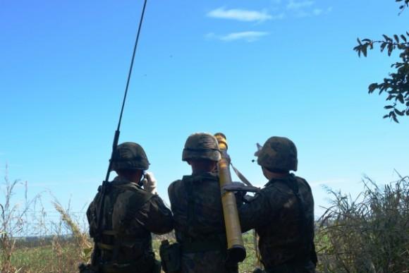 Exercício BVR em Anápolis - antiaérea - foto FAB