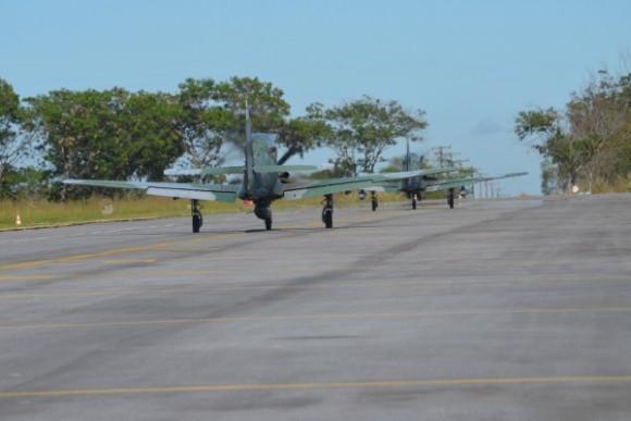 Exercício BVR em Anápolis - aviões A-29 - foto FAB