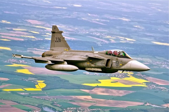 Lion Effort 2015 - caça Gripen da Suecia - foto 2 MD Republica Tcheca