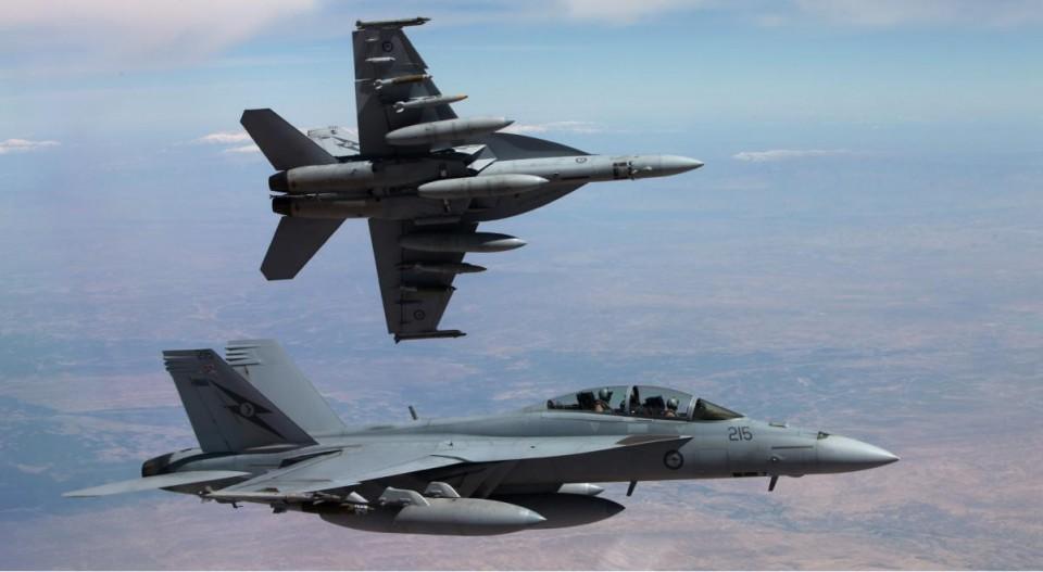 Super Hornet da RAAF no Oriente Medio - foto 2015 Min Def Australia