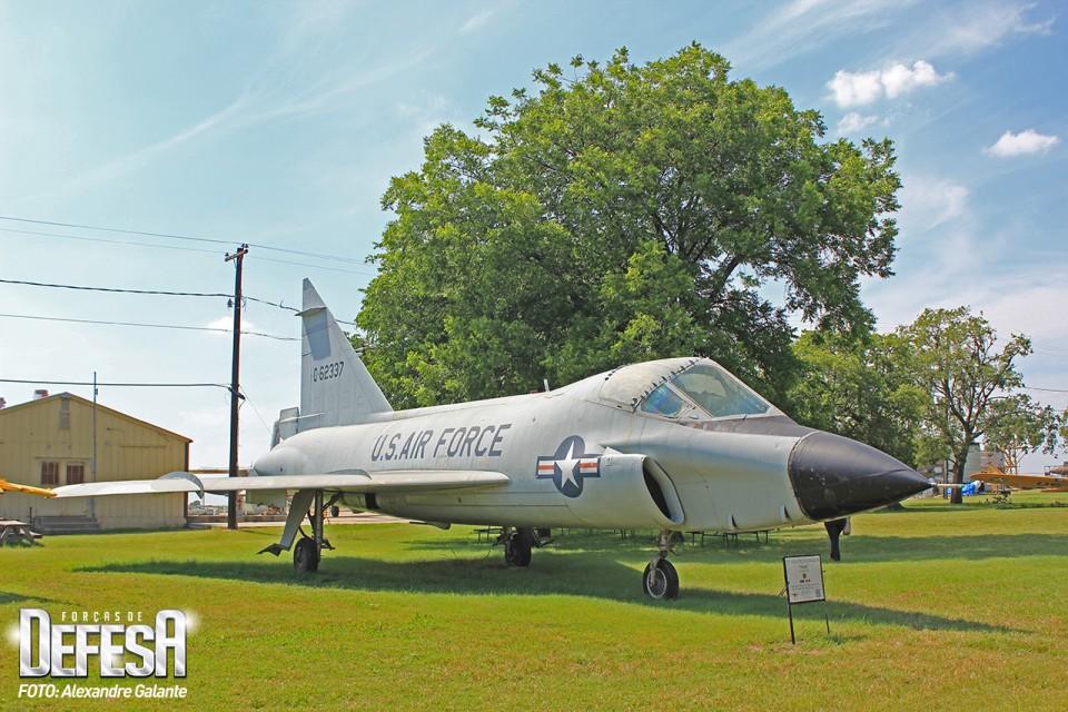 Convair TF-102A Delta Dagger Serial 56-2337