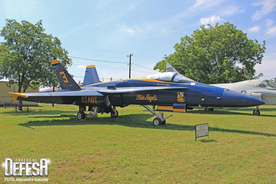 McDonnell Douglas F-18 Hornet Serial 162826