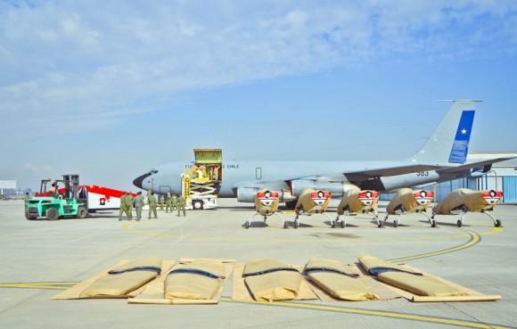 Aviões Extra 300L Halcones - prontos para embarcar em KC-135 - foto 2 FACh