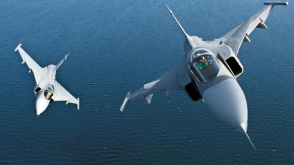 Caças JAS-39 Gripen - foto Forças Armadas da Suécia
