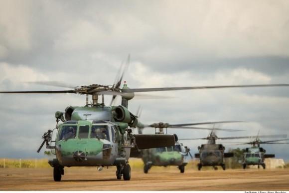 Helicópteros FAB - Exercício CSAR na BACG - foto FAB