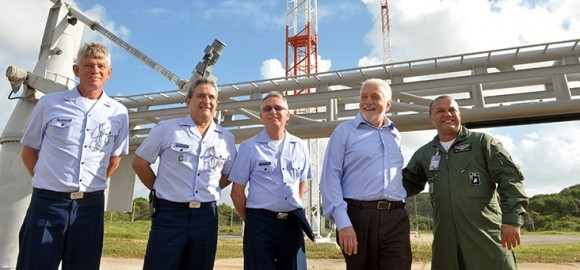 Ministro da Defesa visita Barreira do Inferno - foto MD - T Sobreira