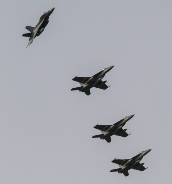 Quatro jatos Super Hornet da RAAF voltam do Iraque - foto Min Def Australia