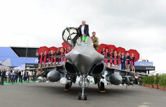 Rafale deixa Salao Le Bourget 2015 - foto 2 Dassault