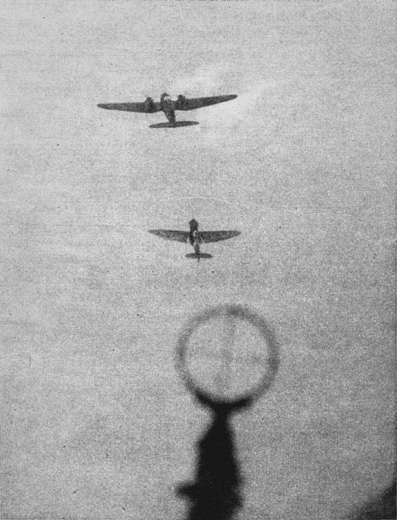 Spit atacando He-111
