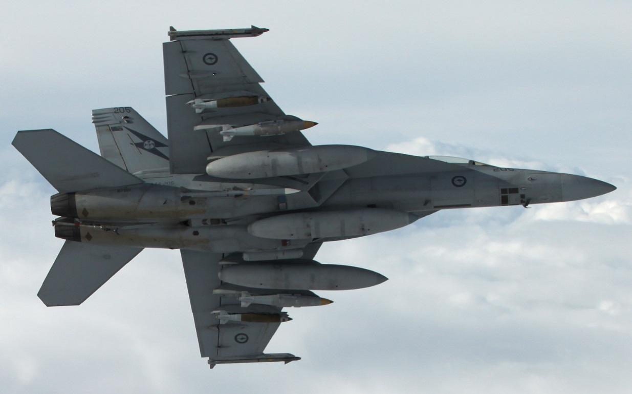 Super Hornet da RAAF sobre o Iraque - destaque foto Min Def Australia