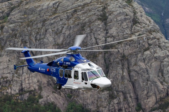 Helicóptero H175