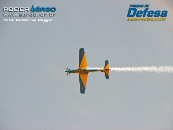 domingo aereo AFA 2015 11 fumaca - foto poggio