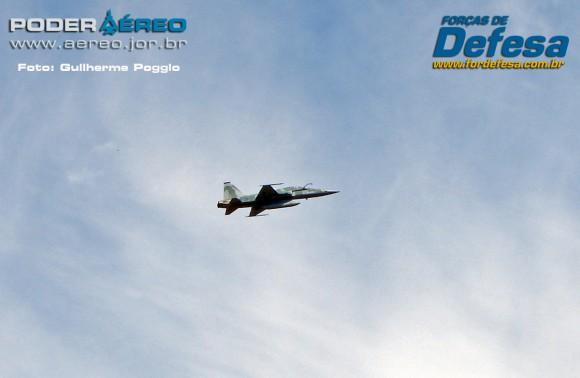 domingo aereo AFA 2015 F-5 01 - foto poggio