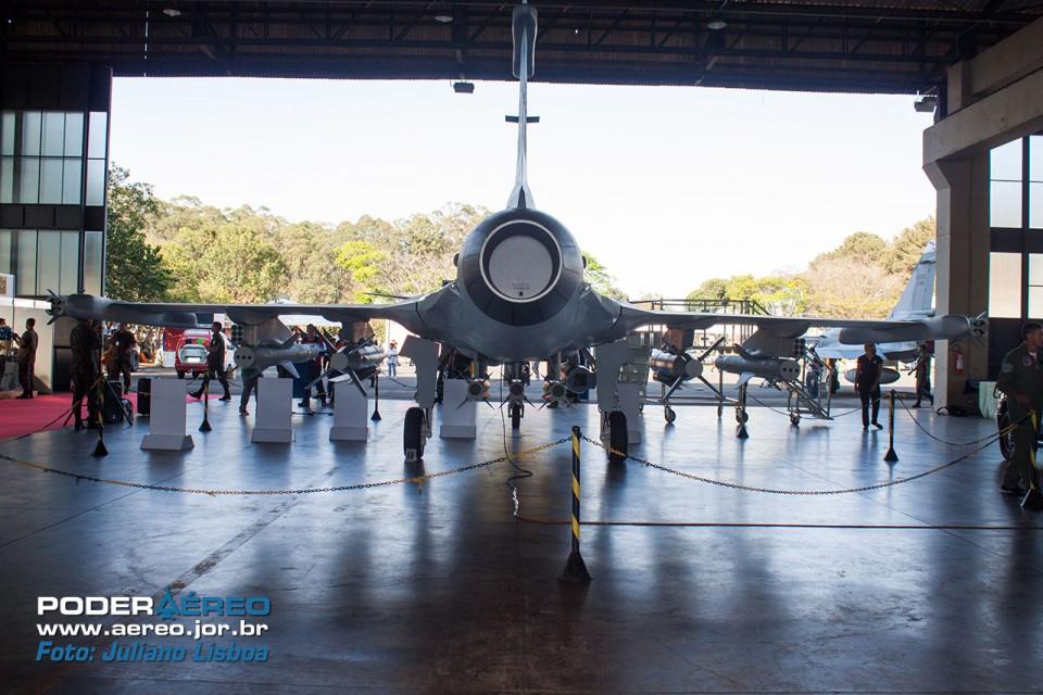 Gripen NG Mock-up - BAAN 2015 - 5