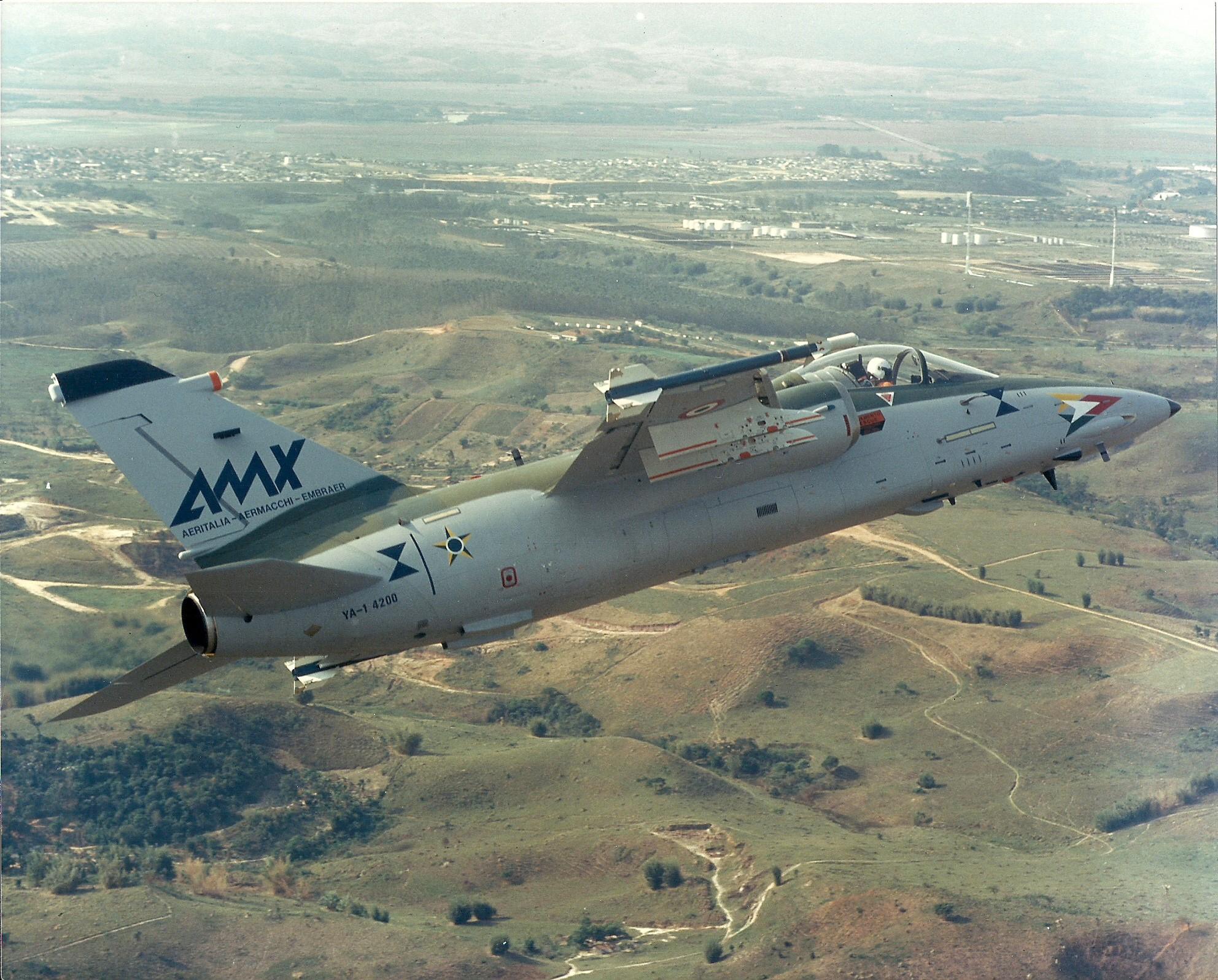 AMX 25 - 1o voo AMX Brasil