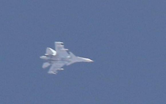 As expected, Russian Su-30M are giving air cover to Su-24,25,34 over Idlib. At least 2 R-77 AA missiles