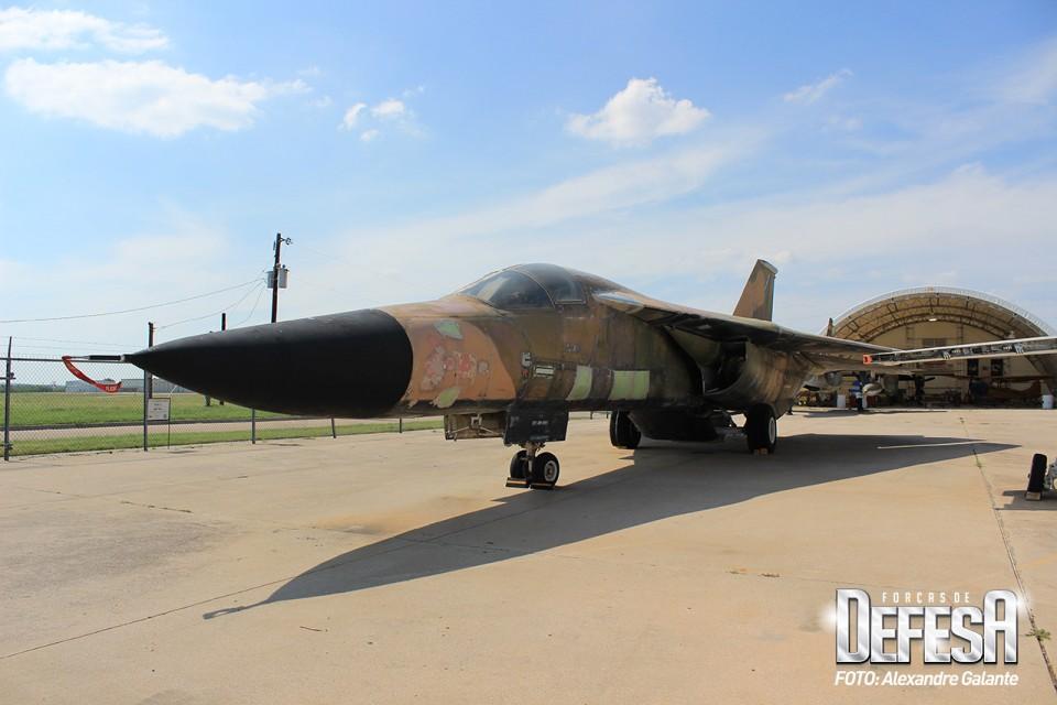 FWAM General Dynamics F-111 Aardvark