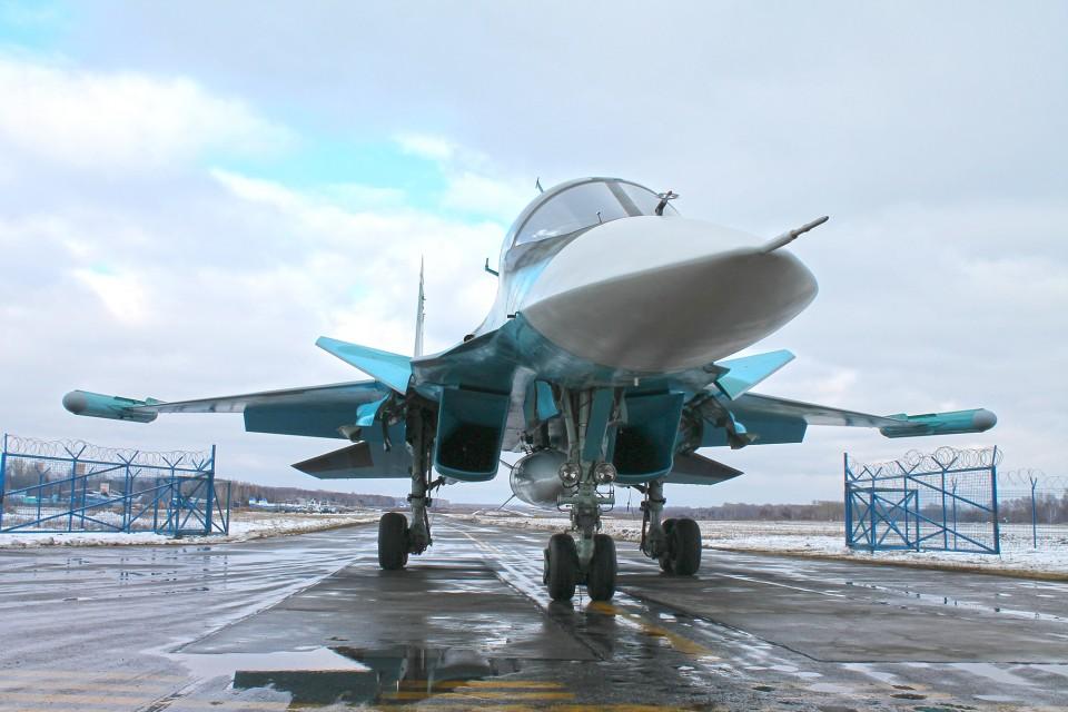 Su-34_october_2015-3
