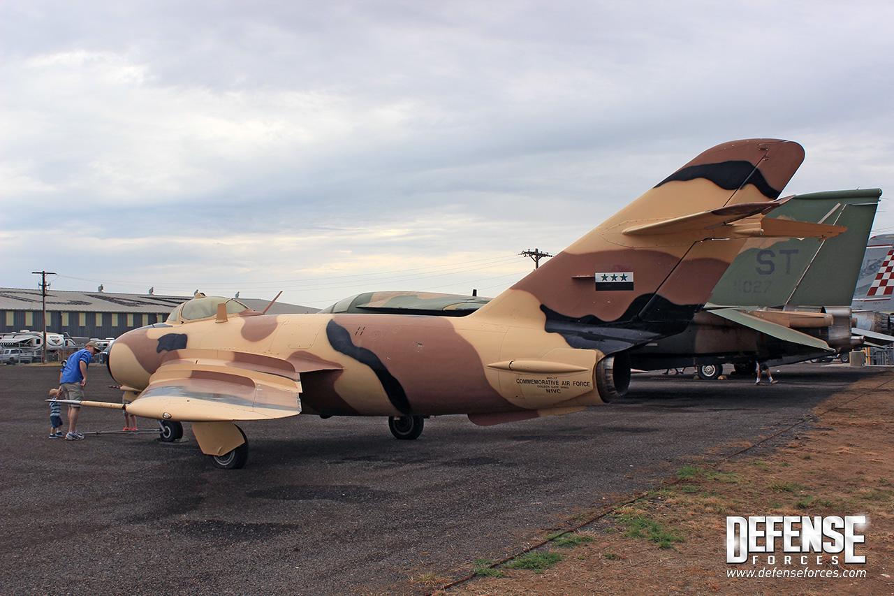 CAF MiG-17 - 4