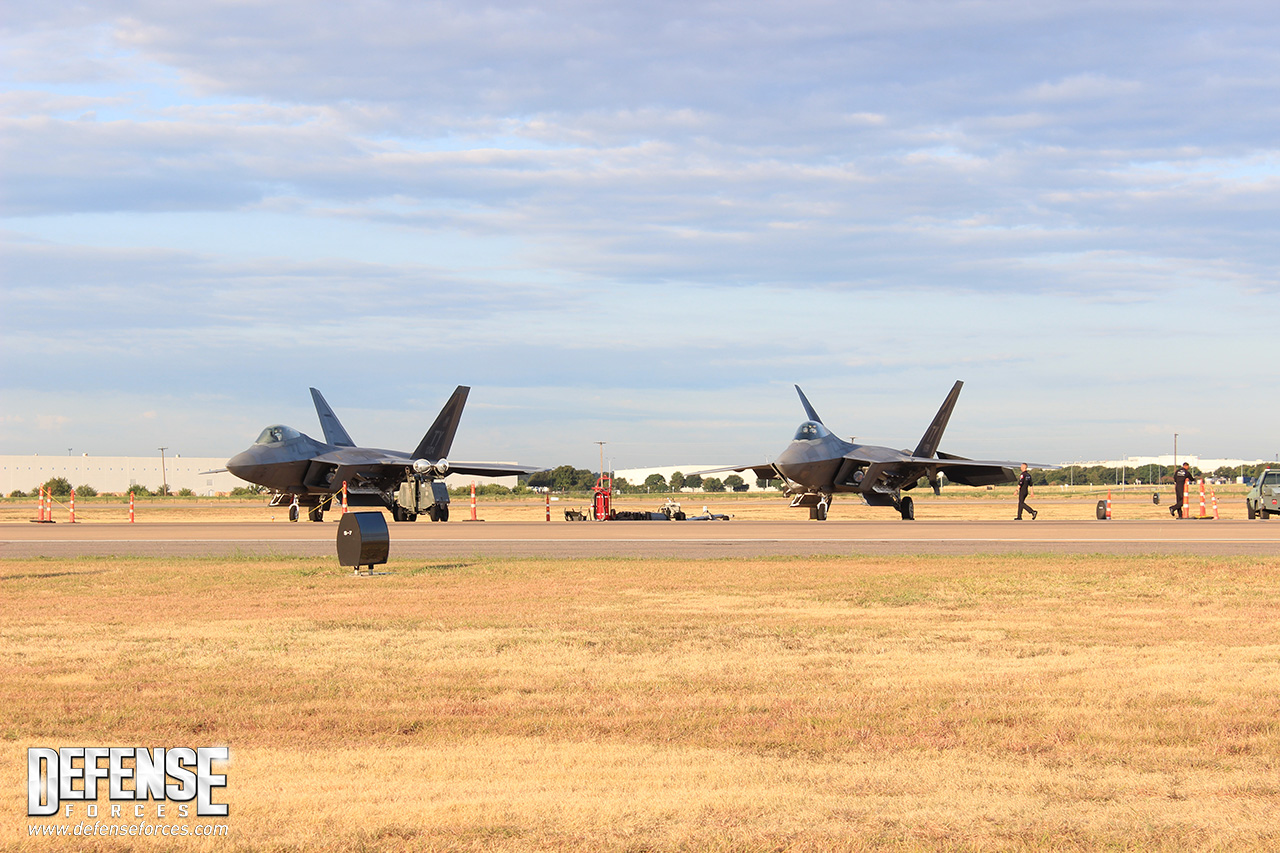 Fort Worth Alliance Air Show 2015 - F-22 - 3