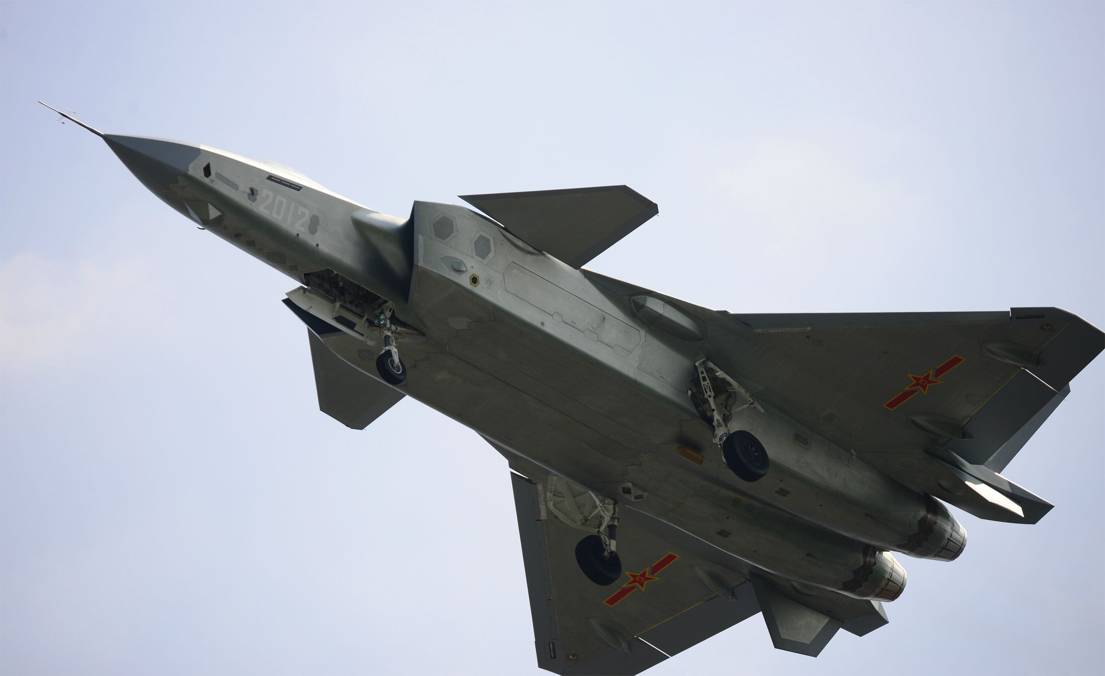 J-20 2012 - 2