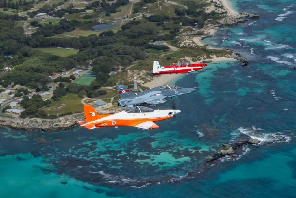 Pilatus PC-21 de Singapura, BAE Systems Hawk 127 e Pilatus PC-9 da RAAF