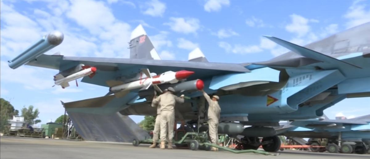 Su-34 com AAM na Siria 2