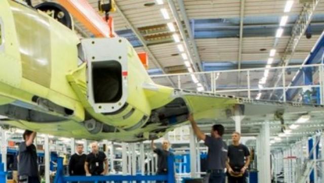 Gripen E - prototipo JAS 39-8 - montagem final - detalhe ampliado imagem Twitter Saab