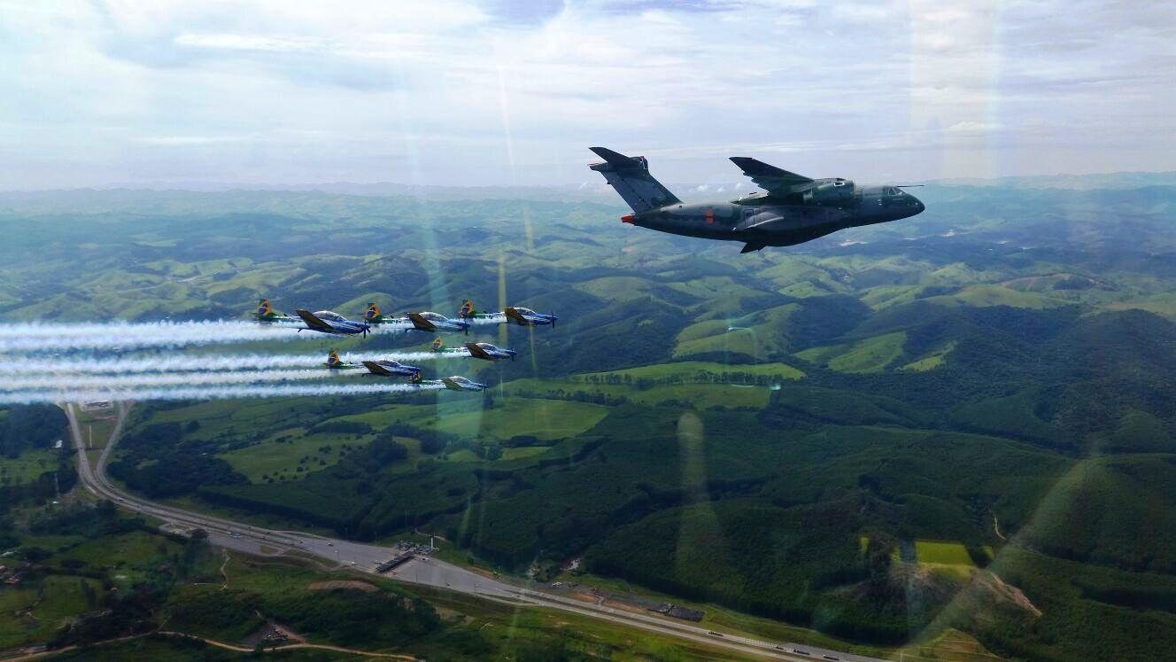 KC-390 e A-29 Super Tucano do EDA - 5