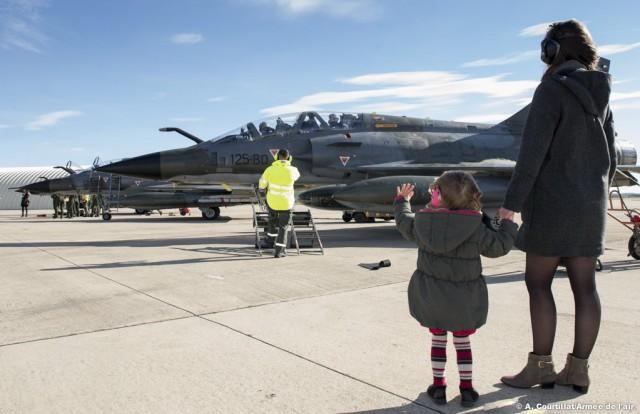 Mirage-2000N-volta-para-Base-de-Istres-apos-op-Chammal-foto-Forca-Aerea-Francesa
