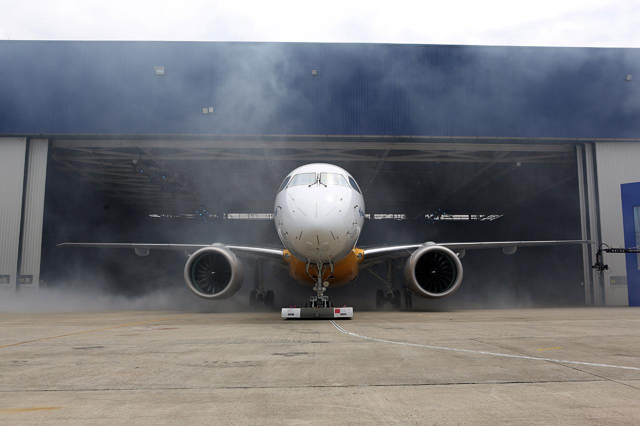 Rollout E190-E2 - 1