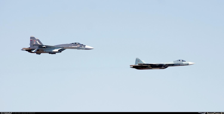Su-35 e PAK-FA
