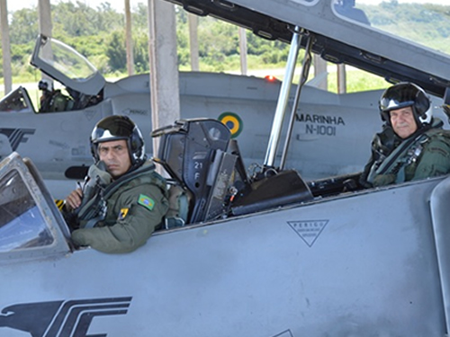 Chefe do Estado-Maior da Aeronáutica no AF-1