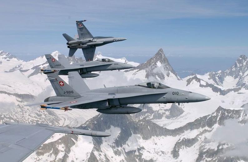 Caças F-18 Hornet da Força Aérea Suíça