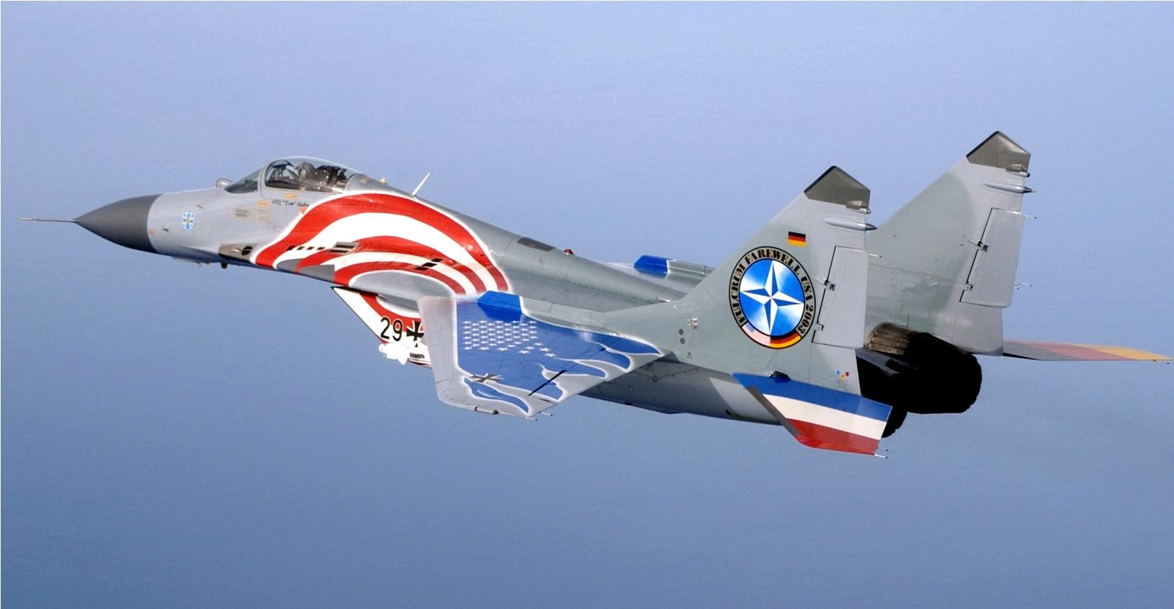 MiG-29 alemao visita EUA em 2003 - foto 2 USAF