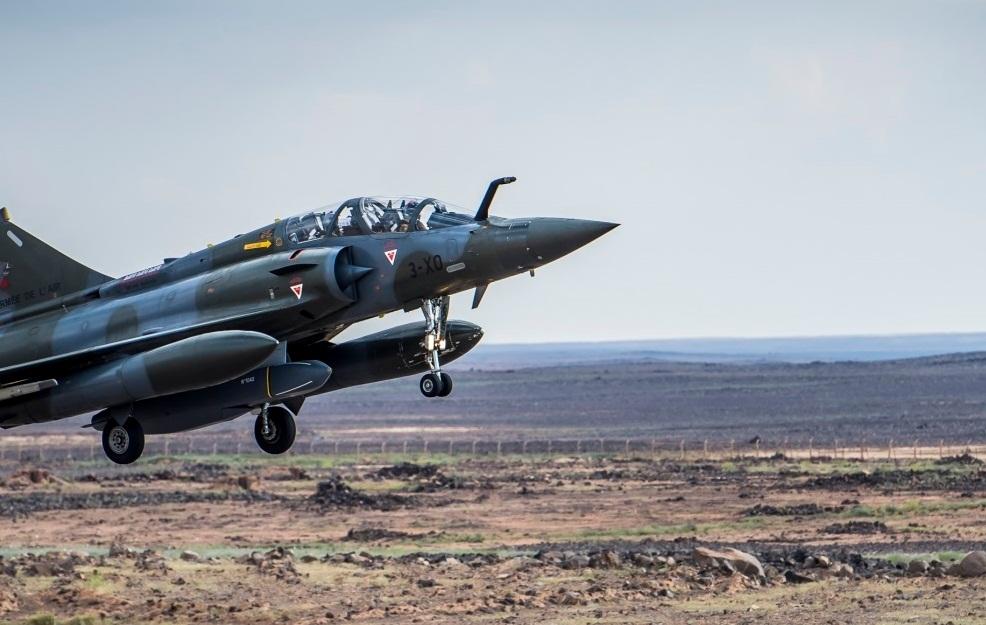 Mirage 2000D com SCALP - foto 2 Min Def Frances