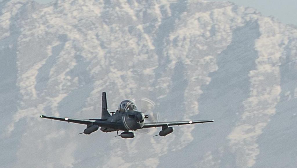 A-29 Super Tucano na chegada ao Afeganistao - foto 3 USAF