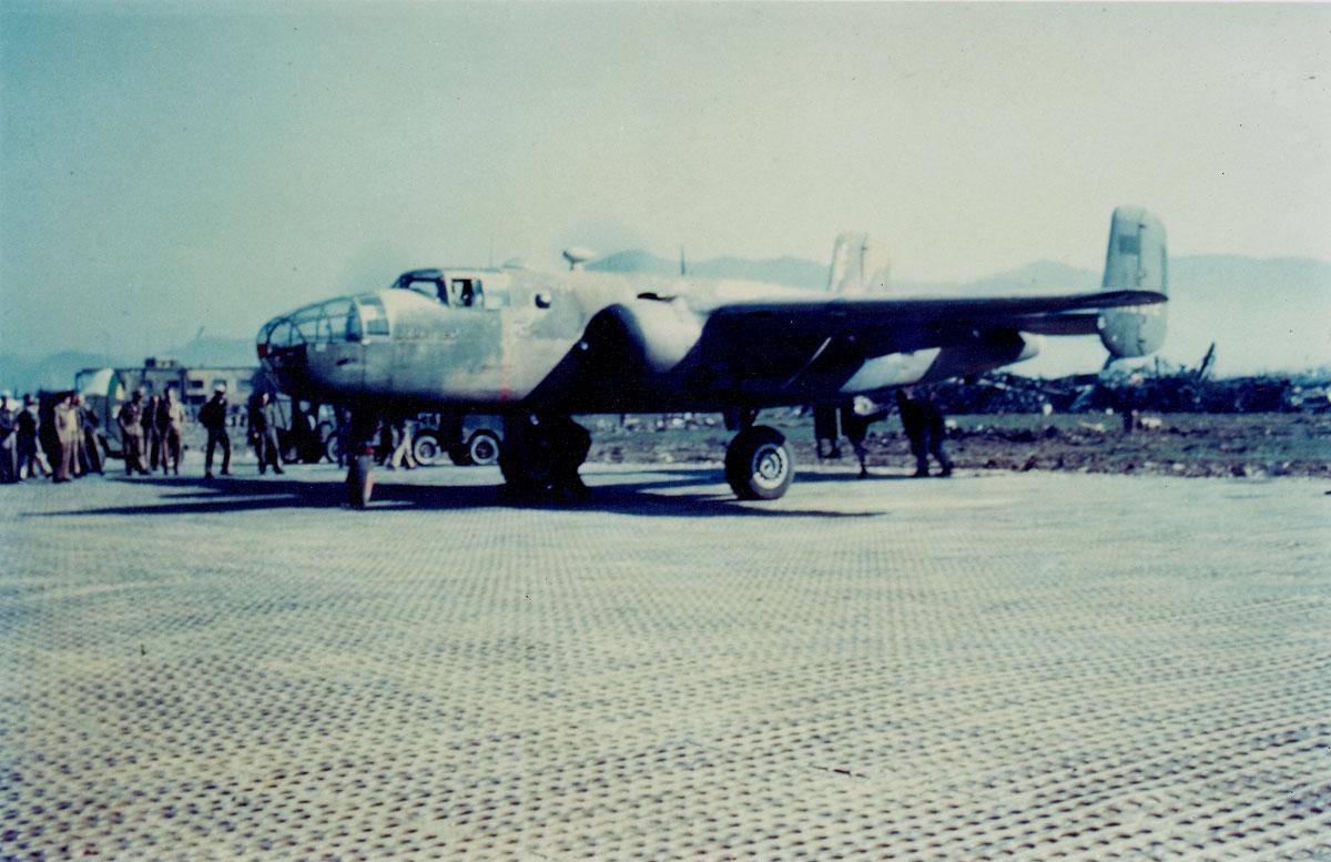 B-25C-Desert-Lil-sc0002-mini
