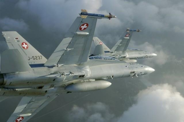 FA-18 Hornet - foto Forca Aerea Suica